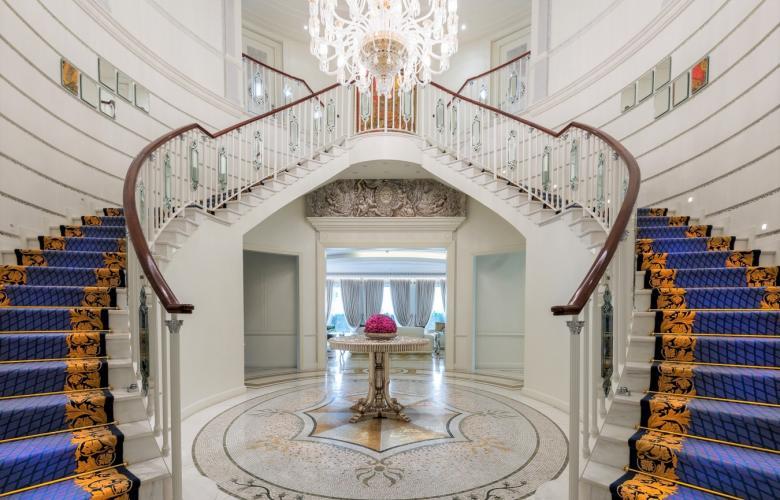 Culture village du united arab emirates palazzo for Pool design dubai